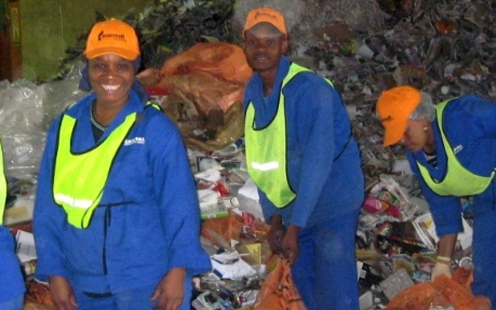 Mondi Paper Recycling: Outsourcing the Supply Chain in South Africa